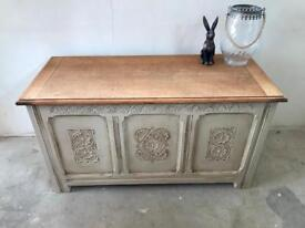 Vintage oak chest / blanket box / ottoman / coffer