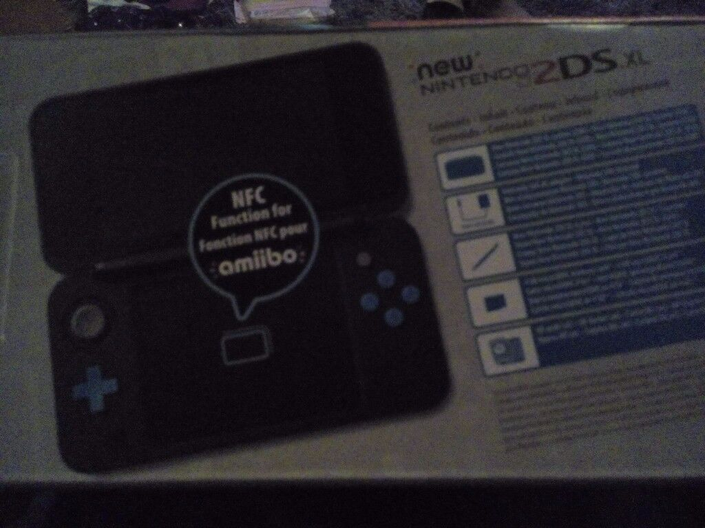 Brand new Nintendo 2DS XL Black and Turqouise (In Box, never Opened