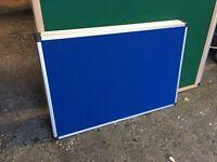 BLUE FELT NOTICE / PIN BOARD 600mm X 900mm