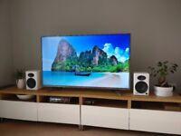 Hisense 55 Inch 4K Ultra HD - Smart TV - Wi-Fi Enabled - Grey - LED TV (LTDN55K321UWTSEU) - Like New