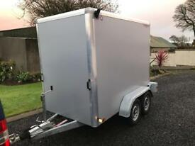 Indespension box trailer