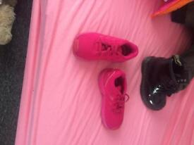 Adidas trainers child size 6