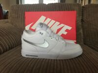 Mens Nike Air Stepback Trainers Size 8.5 White/Silver Like New