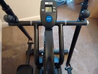 PRO FITNESS CROSS TRAINER IN VERY GOOD CONDITION.