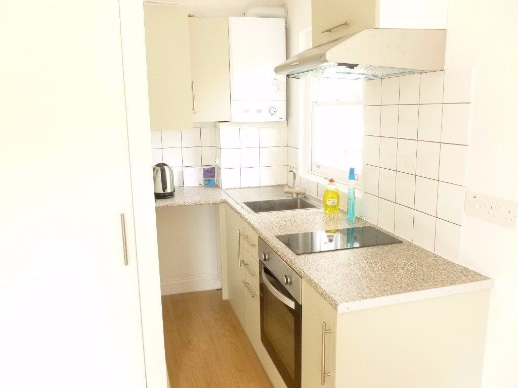 BRIGHT AND CLEAN MODERN STUDIO IN KENTISH TOWN - 230£ PW