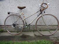 """Raleigh Medale ladies retro vintage road bike, 27 inch wheels, 5 gears, 20"""" frame, rear rack & stand"""