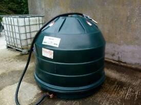 Bee hive oil tank