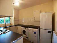 Large 3 bedroom ground floor flat close to Archway Tube