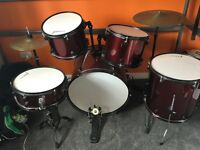 Rocket Dog Drum kit, excellent choice for first kit. Excellent condition.