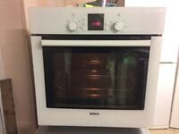 **BOSCH**SELF CLEANING**ELECTRIC OVEN**EXCELLENT CONDITION**£100**COLLECTION\DELIVERY**NO OFFERS**