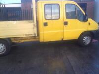 Crew Cab Pick up truck with tail lift