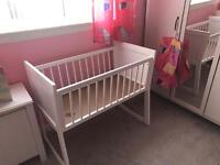 baby white swinging crib