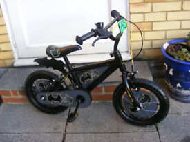 """BOYS 14"""" WHEEL BIKE IN GREAT WORKING CONDITION NO RUST AGE 4+"""