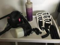 Spray tan kit with solution and pop-up tent
