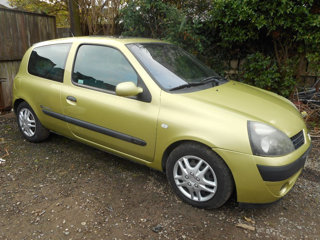 2003 renault clio billabong 1 5 dci in belfast city centre belfast gumtree. Black Bedroom Furniture Sets. Home Design Ideas