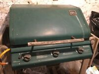 Large Winchester gas barbeque with gas bottle