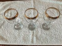 3 CLASSIC Double GOLD-RIMMED WINE GOBLETS : Never removed from box : 27cl