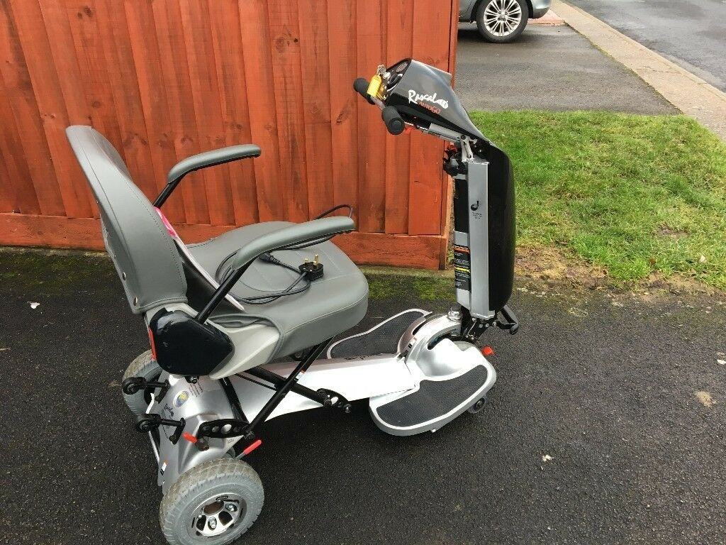 FOLDING SCOOTER- RASCAL AUTO GO - AS NEW -ONLY USED TWICE
