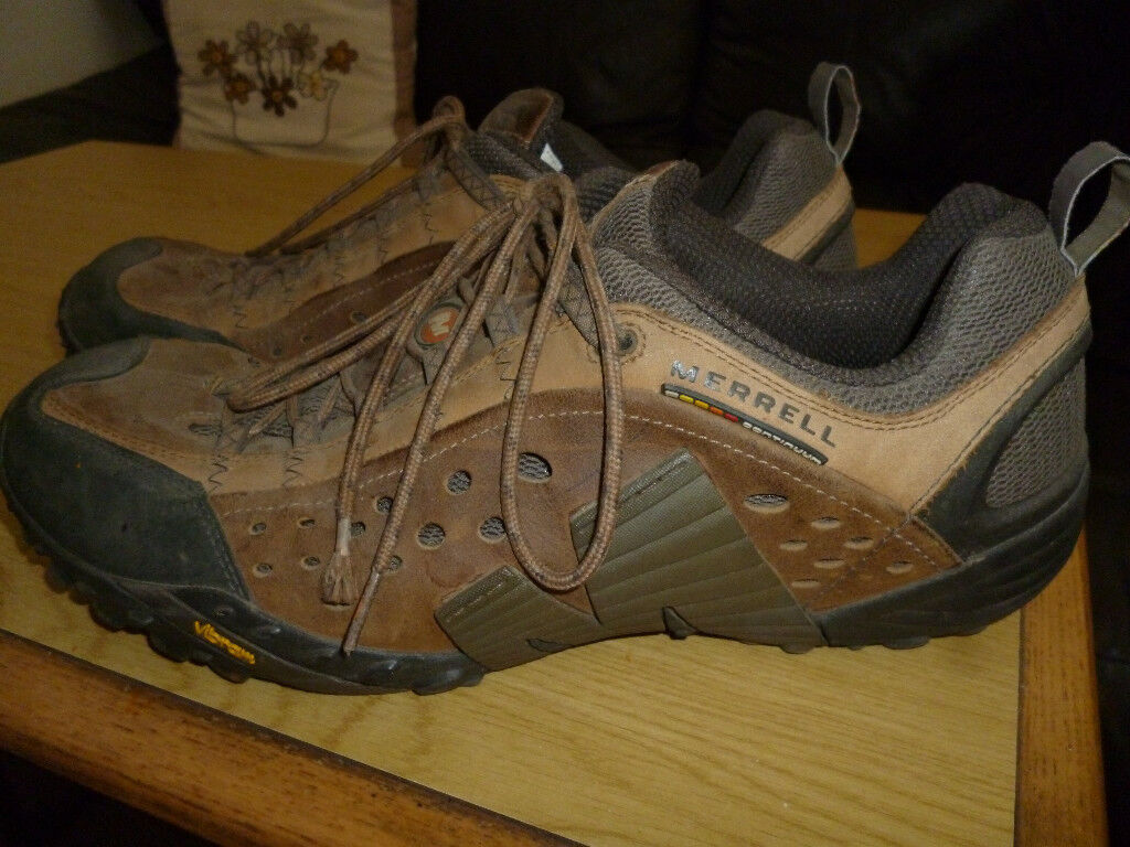 MERRELL MENS CASUAL TRAINERS - SHOES SIZE 13