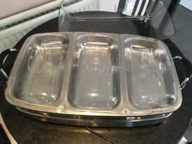 Kitchen Master Luxury Buffet Server. Durable warming server with high dome lid. Used only once