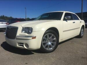 2010 Chrysler 300 Limited LEATHER MOONROOF