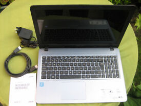 Asus X540S, 15.5 inch pc notebook , silver, with case.