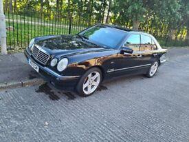 Mercedes-Benz, E CLASS, Saloon, 1999, Manual, 2799 (cc), 4 doors