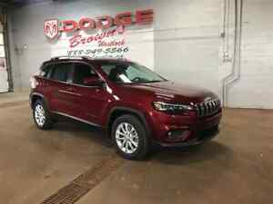 2019 Jeep New Cherokee North FWD Heated Seats / Remote Start