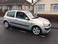 Renault Clio £470