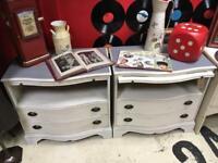 Pair of serpentine drawers shabby chic / Vintage