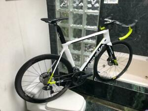BRAND NEW (SIZE 56cm) 2018 CERVELO DISC / ULTEGRA DI2 / ENVE CARBON ROAD BIKE