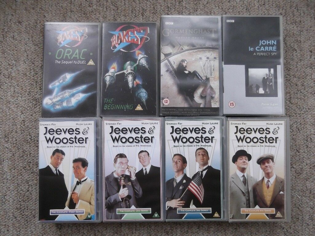 14 VHS BBC tapes - Blake's 7, Jeeves