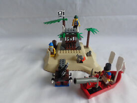 Vintage Lego Pirate island bundle - with Minifigures, boat, and accessories