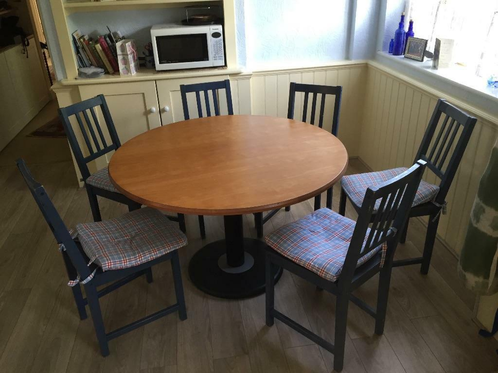 Round dining table and 6 chairs in sutton london gumtree for 6 chair round dining table set