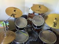 Full size adult Peavey drum kit