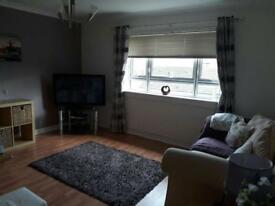 2 bedroom flat in Hamilton,Low Waters Road.