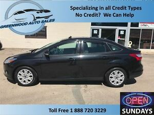 2012 Ford Focus AC,CRUISE,SUNROOF,HEATED SEATS!!!!!!