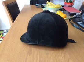 Horse Riding Junior Hat Size 7 1/8 (58cm)