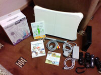Nintendo Wii Black Edition - 2x Controllers, Wii Fit Board including Wii fit plus, Mario Kart etc