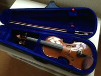 A great 1/2 size Stentor Student 1 Violin, incl bow, case & music stand.