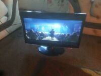 """for sale lg 22"""" LCD WIDESCREEN COMPUTER MONITOR WITH HDMI /VGA /DVI /£25"""
