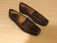 Women's Gabor Sport Shoes. Slip-on. Size 4.5. Brown Suede.