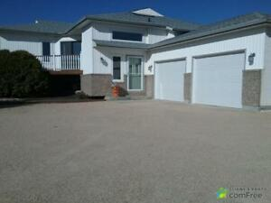 $457,000 - Bi-Level for sale in Lorette