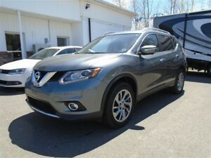 2015 Nissan Rogue SL LEATHER NAV SUNROOF