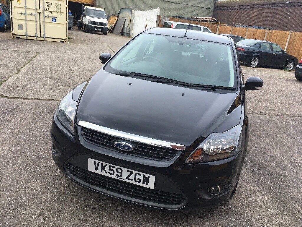 Ford Focus 1.6 petrol black 1 former owner mot 30/10/18 full service