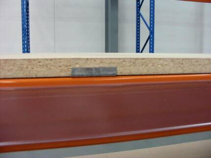 Particle Board 18mm - 2590 x 840