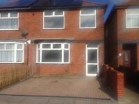 3 Bedroom Semi-detached house for Rent, Unfurnished, Immaculate, West Ipswich
