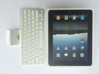 Apple iPad First Generation 32GB, with Keyboard Accessory