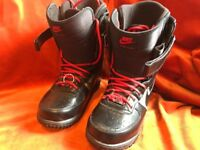 Nike zoom snowboard boots size 10