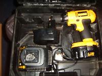 DEWALT 14,4 volt cordless drill